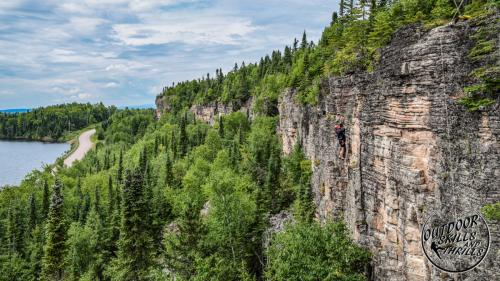 Rock climbing at Pass Lake - Outdoor Skills And Thrills -Photo by: Duncan Hutchison